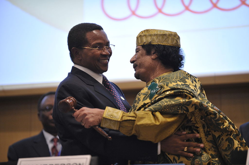 Jakaya Kikwete and_Muammar al-Gaddafi at an African Union Summit