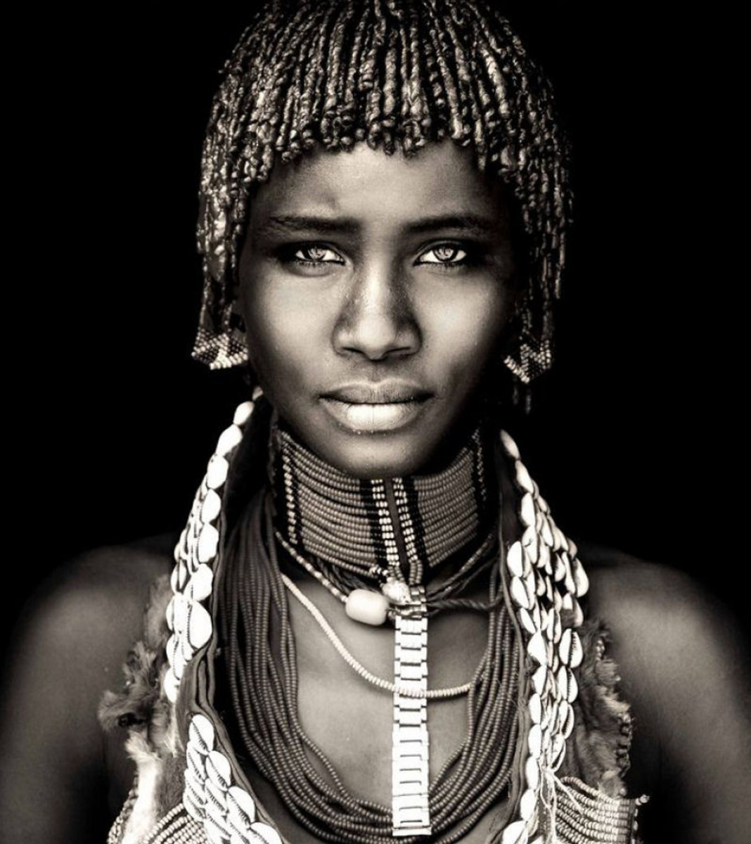 Black and white photos of african women
